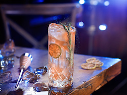 © Dušan Křístek, f-production - Fotenie nápojov